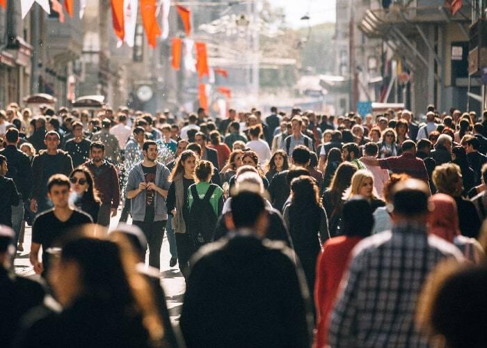 evitar-multidão-prevenir-coronavírus