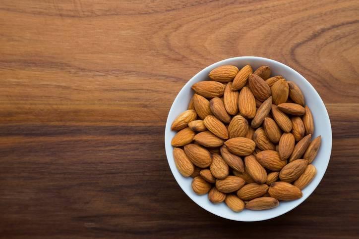 alimentos-ricos-em-fibras-para-diabéticos-amendoas